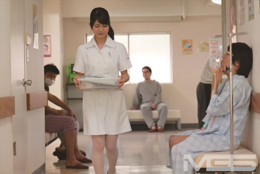 夫を勤務先の看護師に寝取られて・・・ 水谷あおい【三次元】のエロ画像トップ