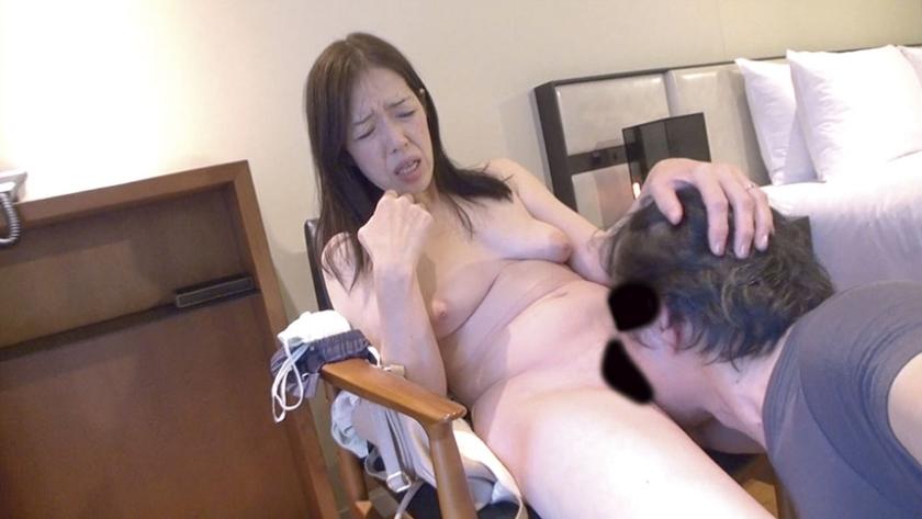 熟女妻面接ハメ撮り [七] の画像16