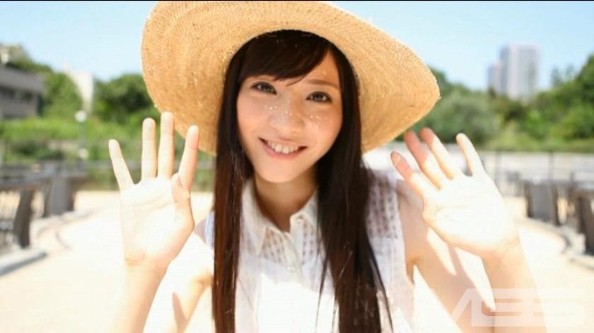 AV女優史上最もデビュー作でエッチになってしまった星野遥ちゃん!