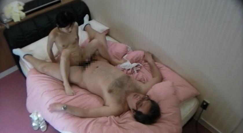 悪徳ラブホテルの隠し撮り映像が流出!素人がこんな事を… の画像1