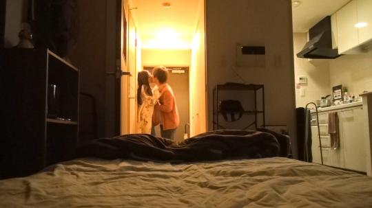 百戦錬磨のナンパ師のヤリ部屋で、連れ込みSEX隠し撮り 052