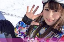 ゲレンデナンパ 01 雪山ではド素人!布団の上ではテクニシャン!スティック握るよりもチ〇ポ握るのが得意なスケベ美少女!! もえ 21歳 歯科衛生の専門学生 200GANA-2017画像
