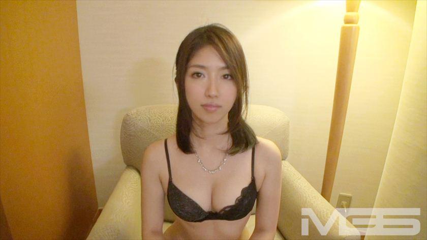 【岡野モナ 25歳 美容師】素人個人撮影、投稿。218