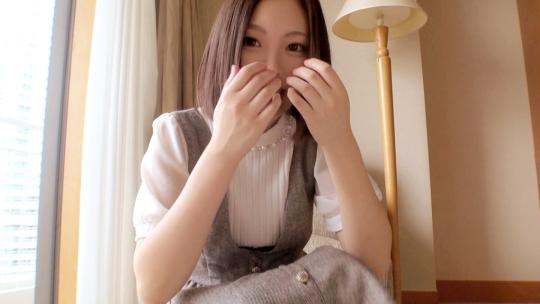 奥田咲ちゃんみたいなミニマムボディにキレイなオッパイのあかねちゃん!