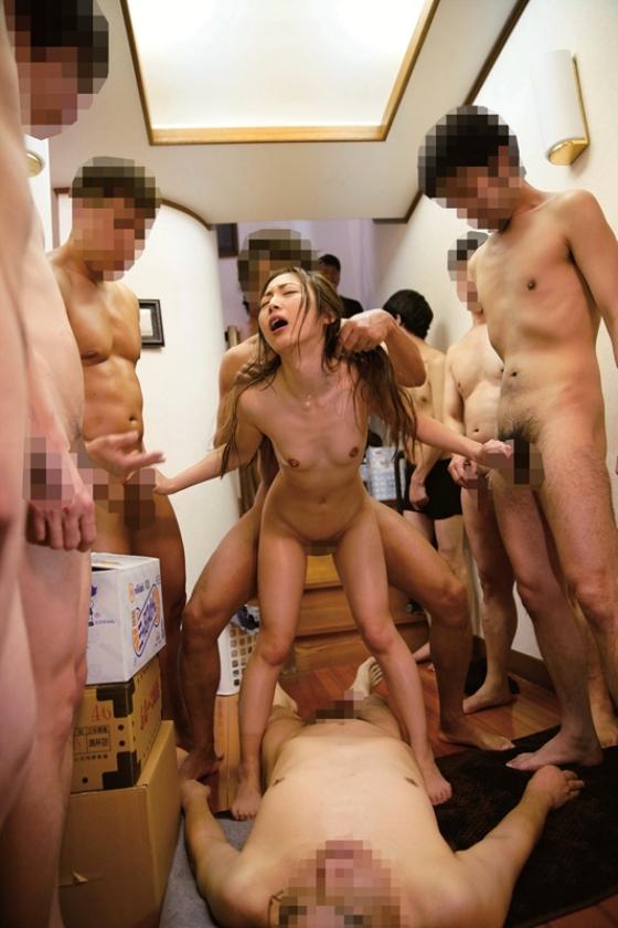 貞淑な若妻が排卵日に中出し志願 旦那の留守中に自宅で他人精子20発を子宮に連続ぶっかけされる!! の画像1