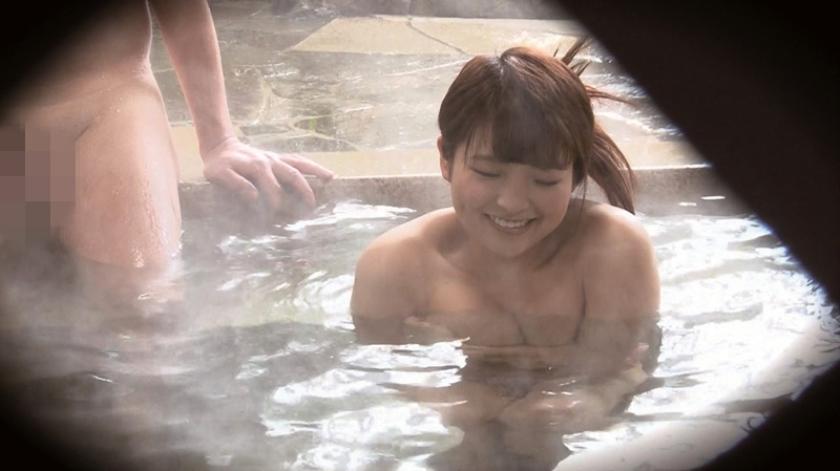 石和温泉で見つけた卒業旅行中の美巨乳女子学生のお嬢さん タオル一枚 男湯入ってみませんか?+過激すぎて未公開だった(秘)映像を一挙大公開 40回記念 12名 8時間SP の画像6