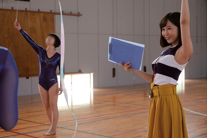 揉みしだきたい巨乳ニットの女たち 篠田ゆう 瀬戸すみれ 持田栞里 の画像5