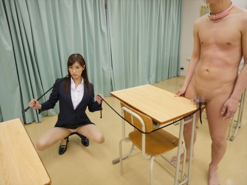 M男遊戯学園生活 神波多一花が女教師や部活の先輩になって男子をM男に調教してゆくのサンプル画像15