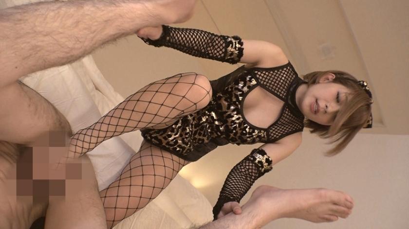 完全M男化下僕生活 超金持ちのドS女子に調教されて・・・ 麻里梨夏 の画像2