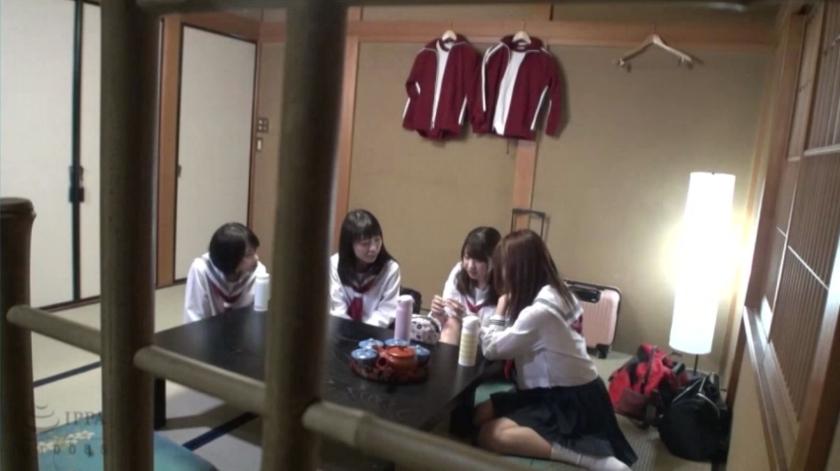 修学旅行先で女子○生を睡眠薬で眠らせ猥褻行為を繰り返す同級生の流出映像のサンプル画像1