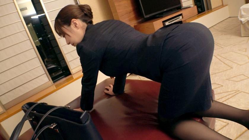 【美人過ぎる秘書】23歳【会社で社長とSEX】せなちゃん参上!社長室の秘書をする彼女の応募理由は『禁断な世界やプレイが好きなんです…』会社で社長を誘惑し社内でSEX三昧!【根っからの変態】才色兼備はSEXも込み!理性より好奇心が上回る変態秘書の極エロSEX見逃すな!_pic5