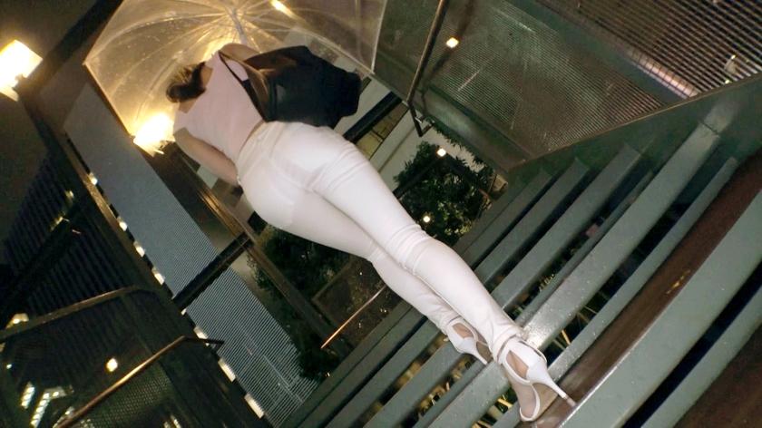 【超美脚9頭身美少女】22歳【スレンダーBODY】なつみちゃん参上!ファションモデルのような彼女の応募理由は『お告げ?夢でAVに出演するの見たんですょw』魅惑なオンナを目指すスレンダー美少女!【フェラ上手】&【美脚で足コキ】は必見!物凄いグラインド騎乗位でイキまくる変態SEX絶対に見逃すな!_pic2