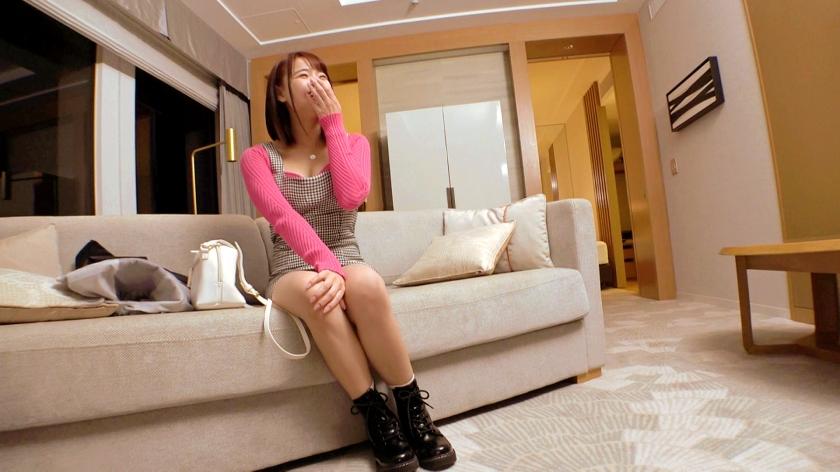 【激カワ美少女】21歳【笑顔が最高】えりなちゃん参上!温泉旅館に勤める彼女の応募理由は『出会いも無くて寂しいから、チンチン舐めたいw』SEXがご無沙汰なご様子!【実はドM女子】責められるのが好きな変態美少女!【最高のフェラテク】【足で踏まれるの好き】とにかくSもMもヒッチャカメッチャカ!欲望に身を任す超ド変態美少女の悶絶イキまくりSEX絶対に見逃すな!_pic6