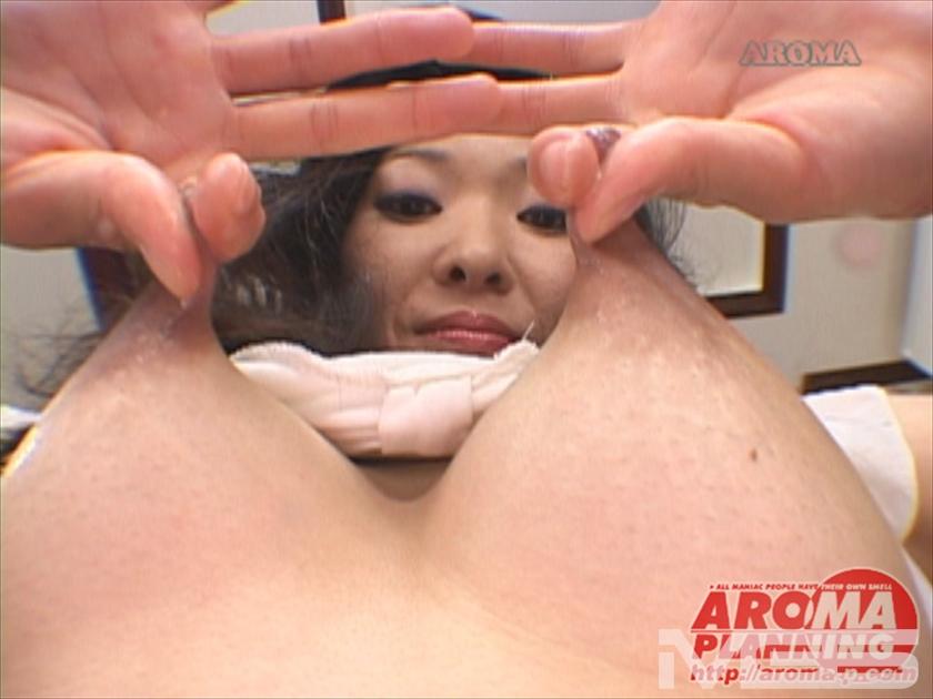 母乳奥様 のび~る乳首コレクション 2 の画像1