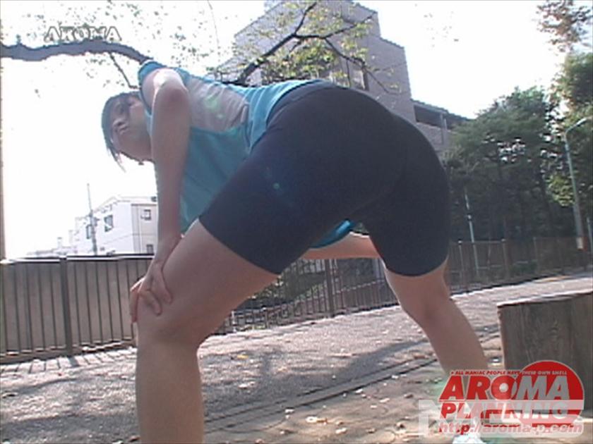 元アスリートの筋肉太腿フェロモン ~エロごっつい太腿に挟まれながら昇天してみませんか? の画像1