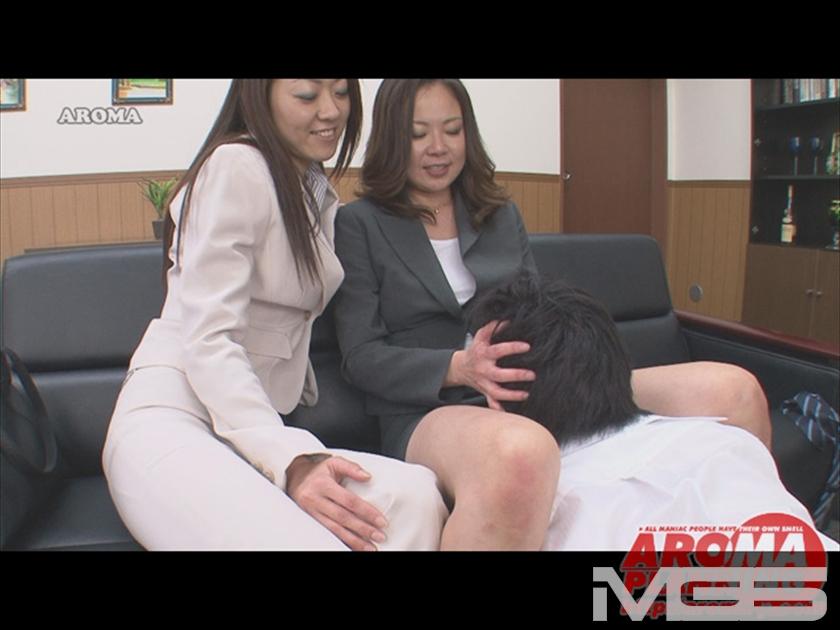 保険のおばさんのふりして・・・ エロ熟女が貴方のオフィスに伺います の画像3