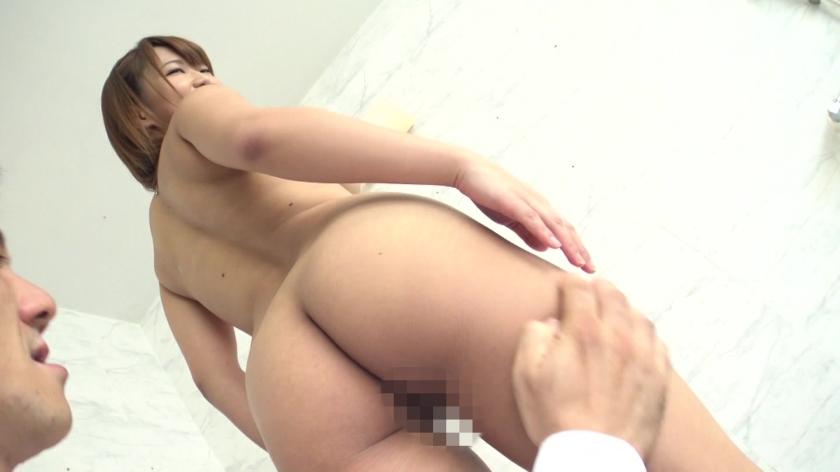 小麦色オイルギャルとヌルヌルできる超高級(秘)性感リゾート 岡沢リナのサンプル画像1