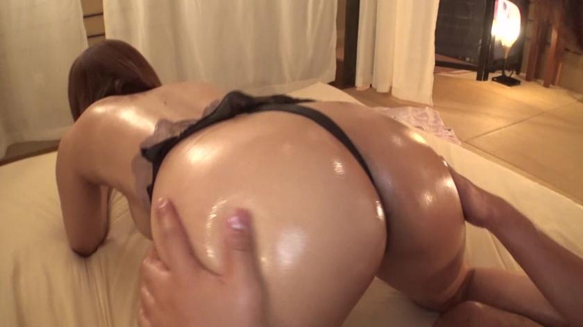 小麦色オイルギャルとヌルヌルできる超高級(秘)性感リゾート 岡沢リナのサンプル画像8