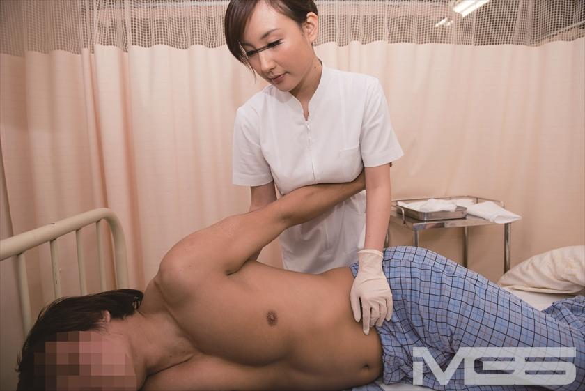 「まさか入院中の担当看護師が妹だった! しかも勃起した禁欲チ○ポを見られてしまうなんて・・・ だけど『妹のお前にしか頼めないよ』」VOL.2 の画像4