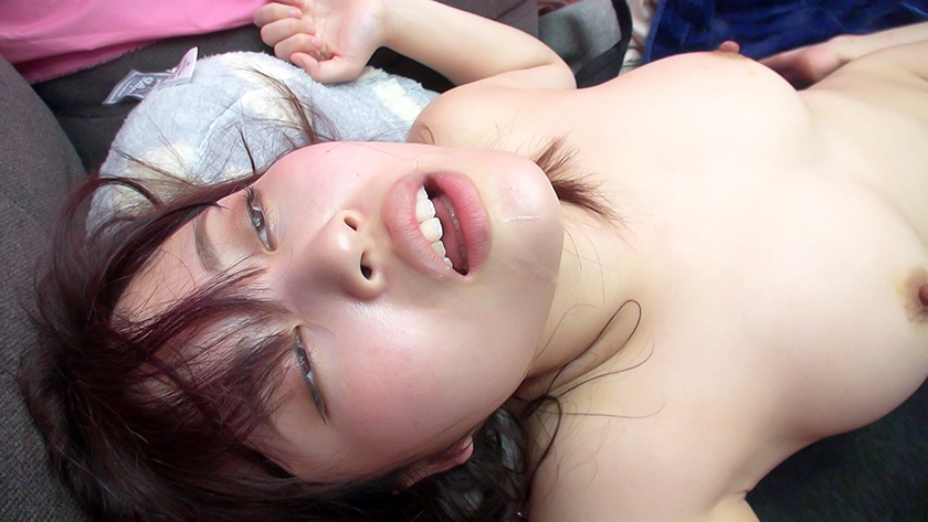 Fカップ美巨乳の21歳女子大生 ビックビク痙攣アクメ大量潮吹き酸欠絶頂祭り14