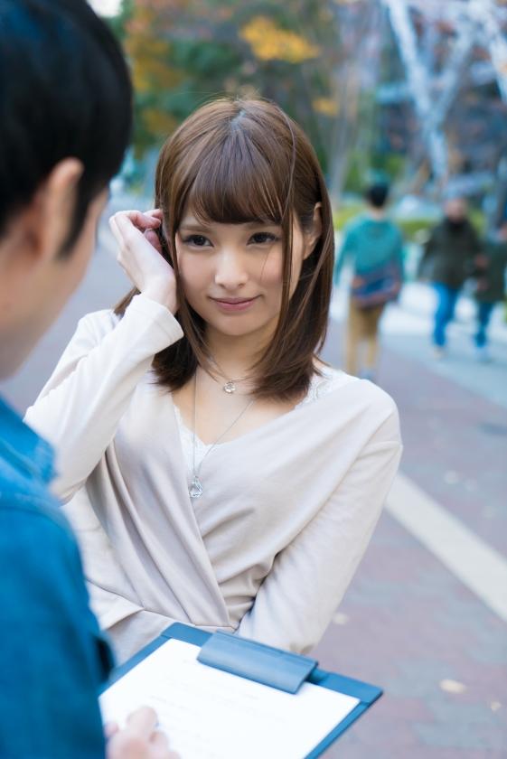 元エステティシャン美人妻 りの 25歳