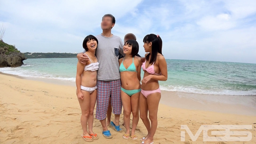 トリプル日焼けロリィちゃん 海辺で遊ぶパイパン娘をナンパして中出し乱交しちゃいました。