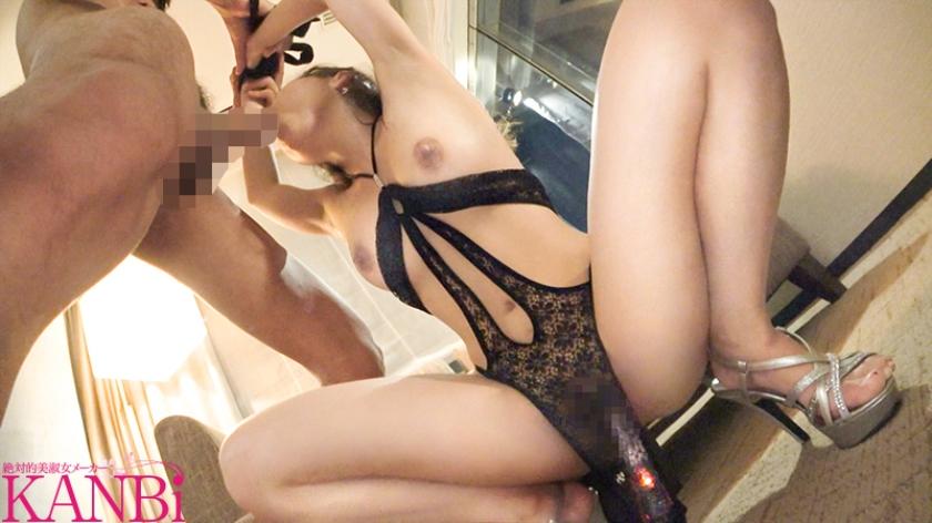 メリハリのきいた奇跡の肉体美 黄金ボディの若妻 花咲ゆの29歳AVデビュー 笑顔の綺麗な受付嬢、エッチなオンナに大豹変!!のサンプル画像9
