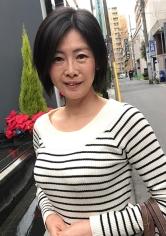 野村さちこ 53歳 中出し熟女 398KMTU-017画像