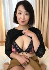 よしこさん 52歳 中出し熟女 398KMTU-021画像