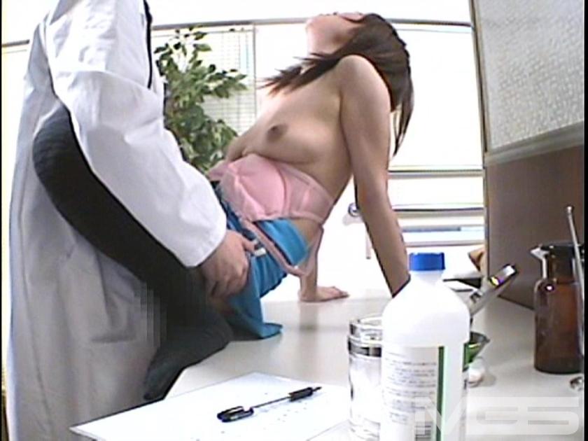 人妻浮気SEX現場隠し撮り 「おま○こ疼いちゃったの…」 4時間