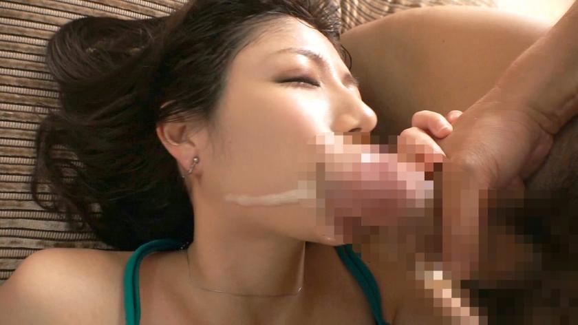 ラグジュTV 1194 正真正銘セレブ人妻が溜まりきった性欲を抑えることが出来ず男優チ○ポに貪りつく。部屋中に響き渡る濃密なフェラ音。挿入されれば痙攣絶頂を繰り返し、汗だくハードセックスで乱れまくる!