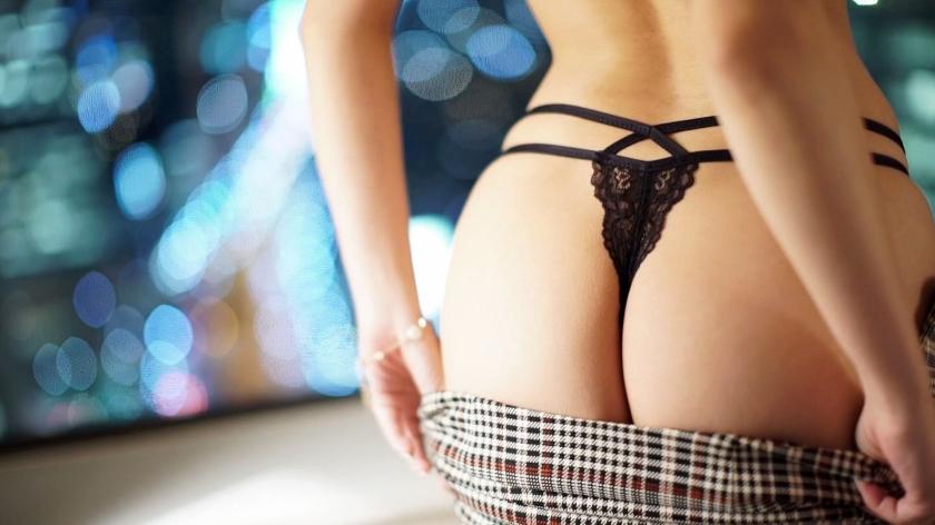 ラグジュTV 1223 経験豊富な女医はスパンキングされて感じる敏感M体質!今まで経験してきたセックスを凌駕する巨根のピストンに、瑞々しい美尻を躍らせ乱れまくる!-エロ画像-2枚目