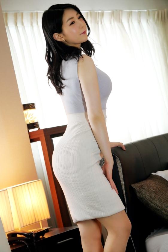 ラグジュTV 1275 『セフレを作ると浮気になってしまうので…』結婚2年目の若妻がセックスレスを理由にAV出演!オトナの色気とフェロモンを纏った色白ボディを震わせ何度も何度も膣中で絶頂を繰り返す!!-エロ画像-3枚目