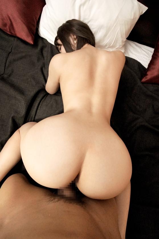 ラグジュTV 1320 世の男性は虜にした歯科衛生士「葵桃香」さんがラグジュTVに再登場!エロスの才能を開花し続ける彼女は、欲望のまま、本能のままイキ乱れる。大人の女性として色気を纏った美しいカラダにしっとりと汗を滲ませ、本能のままに腰を動かし、自らクリトリスを弄って大絶頂!!_pic14