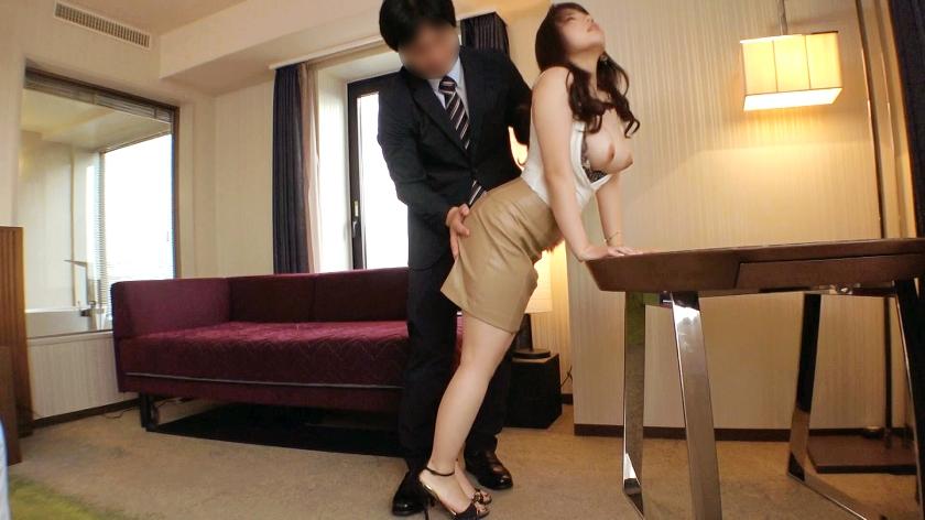 ラグジュTV 1445 セフレとのセックスやオナニー…それでも性欲は収まらず、非日常のセックスに魅了された美人調香師が登場!全身からフェロモンを振りまく魅惑のグラマラスボディ美女が欲求を晴らす為だけに乱れる姿は必見!のサンプル画像6