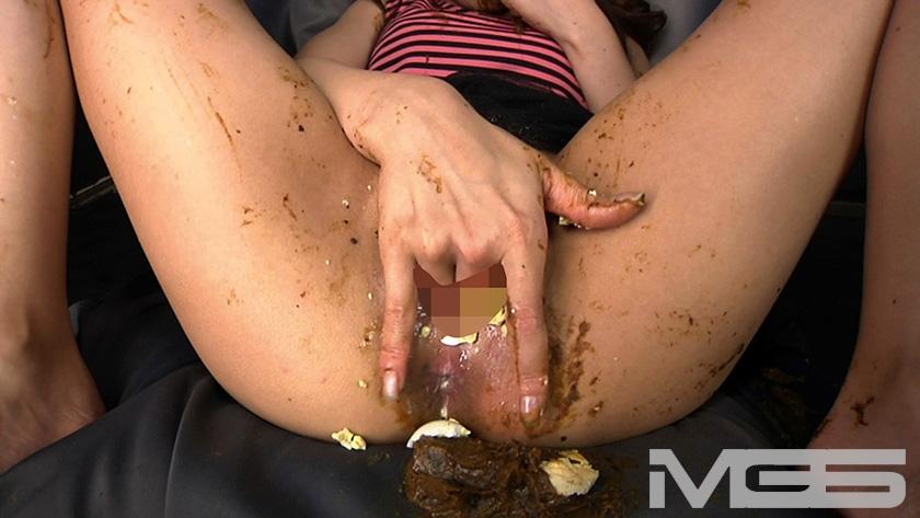 喉も膣も糞まみれ 脱糞食糞オナニーのサンプル画像3