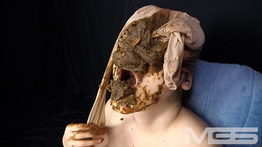 喉も膣も糞まみれ 脱糞食糞オナニーのサンプル画像6