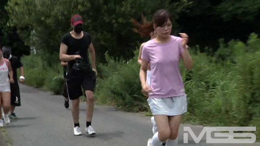 脱糞我慢マラソン 高沢沙耶 新見莉菜 椎名綾のサンプル画像1