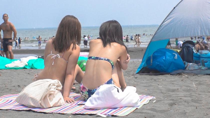 【パリピ水着ギャル・海ナンパ!】真夏のビーチでGETした開放感MAXのビキニGAL2人組!言葉巧みにホテルに連れ込んで、理性も吹っ飛ぶアツ〜い本能とろけるSEX!-エロ画像-1枚目