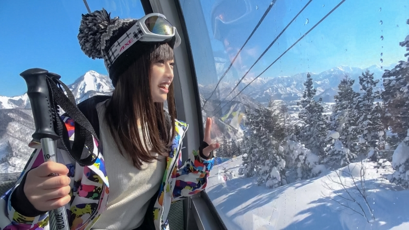 ゲレンデナンパ 01 雪山ではド素人!布団の上ではテクニシャン!スティック握るよりもチ〇ポ握るのが得意なスケベ美少女!!-エロ画像-1枚目