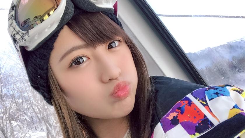 【冬限定ゲレンデナンパ】SSS級のアイドル美少女をハメ撮りSEX!フェラから始まり丁寧な玉舐め手コキで気持ちよくしてくれますwww