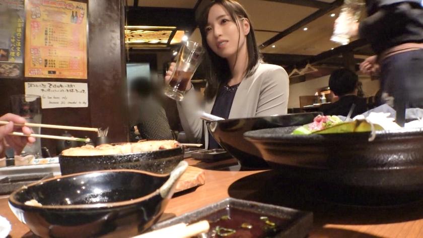 マジ軟派、初撮。 1322 新宿で見つけた縁起良き名前の美女「れいわ」さん♪酒で酔わせてホテルに連れ込み、ストッキング引き裂いて豪快潮吹き♪スレンダーな体型が際立つ立ちバックは必見!!-エロ画像-2枚目