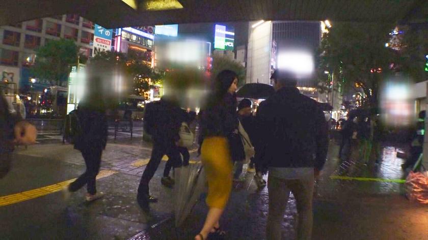 マジ軟派、初撮。 1324 夜の渋谷見つけた飲み会帰りの姉さんのノリが良すぎて路上でキス!欲求不満で枯れかけた乙女心に口移しでアルコールを注入!久々に言い寄られてついついそのままベッドイン!-エロ画像-1枚目