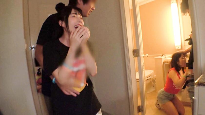 日本最大級のEDMフェスでナンパしたJD2人組!イベントサークル同士の交流と称しホテルに連れ込み酒を飲ませてフニャフニャにさせたら、秘密の4Pフェス開催♪-エロ画像-3枚目