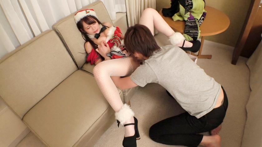 クリスマスナンパ 04 聖なる夜に舞い降りた圧倒的美女♪美形柔乳を弄くり回してたらアソコはグッチョグチョ♪超カワ敏感体質のエロカワサンタとクリスマスエッチ♪_pic7
