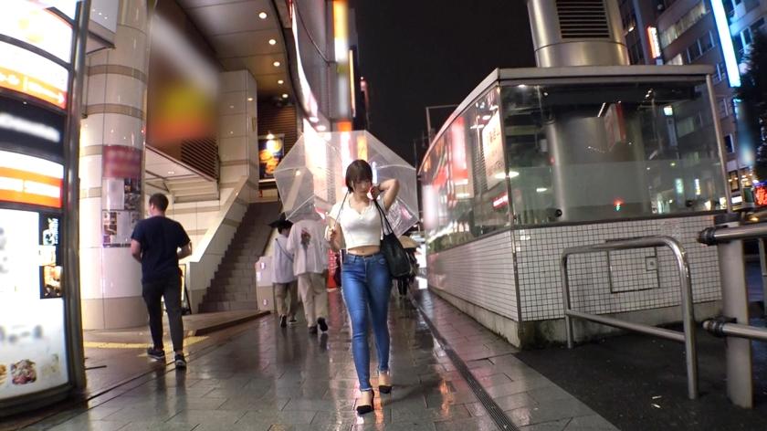 マジ軟派、初撮。 1535 新宿で先ほど彼氏の浮気現場を目撃した彼女は仕返しにこちらも浮気しちゃう♪ことにしました!Gカップスレンダーボディがイケないエッチに興奮MAXでイキまくる!!_pic0