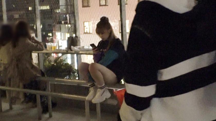 マジ軟派、初撮。 1556 【ヤラせてくれなきゃイタズラするぞ】とってもキュートな渋谷女子をお菓子で釣ってハメてみた!マシュマロ乳も肉厚マ●コも吸ってしゃぶれば濃厚マン汁でしっとり濡れる秋の夜!これから始まる大人だけのエロハロウィンを一緒に楽しんじゃおう![サムネイム01]
