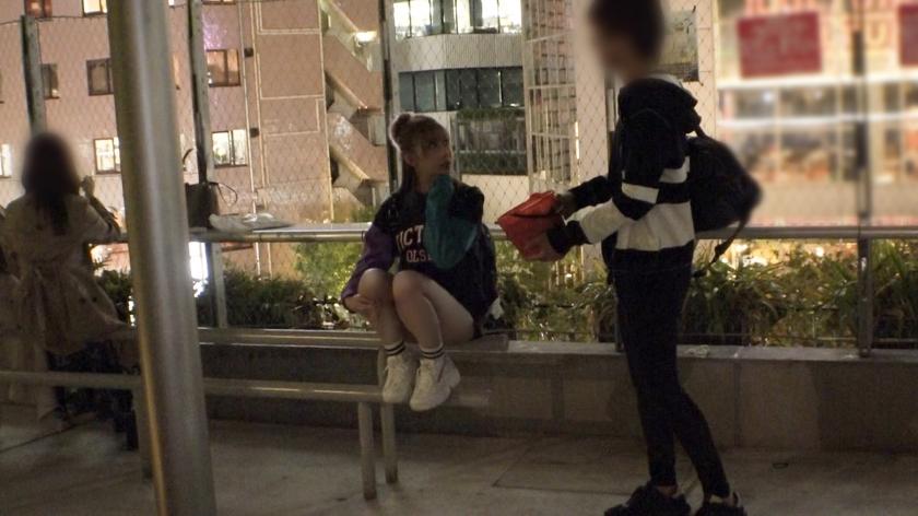 マジ軟派、初撮。 1556 【ヤラせてくれなきゃイタズラするぞ】とってもキュートな渋谷女子をお菓子で釣ってハメてみた!マシュマロ乳も肉厚マ●コも吸ってしゃぶれば濃厚マン汁でしっとり濡れる秋の夜!これから始まる大人だけのエロハロウィンを一緒に楽しんじゃおう![サムネイム02]