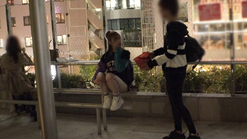 マジ軟派、初撮。 1556 【ヤラせてくれなきゃイタズラするぞ】とってもキュートな渋谷女子をお菓子で釣ってハメてみた!マシュマロ乳も肉厚マ●コも吸ってしゃぶれば濃厚マン汁でしっとり濡れる秋の夜!これから始まる大人だけのエロハロウィンを一緒に楽しんじゃおう!1