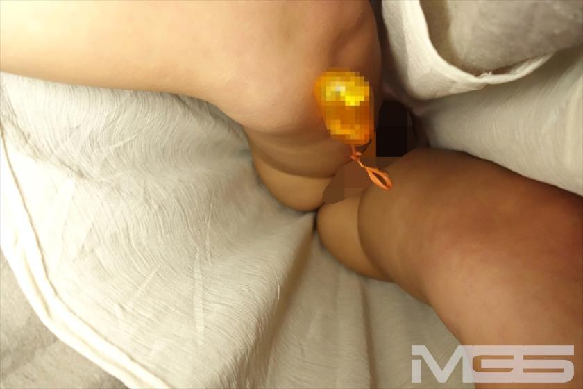 絶頂(((膝ガクガク)))痴漢 ローターとチ○ポの同時挿入で膣奥Gスポットを直撃され理性を失う女たち の画像4